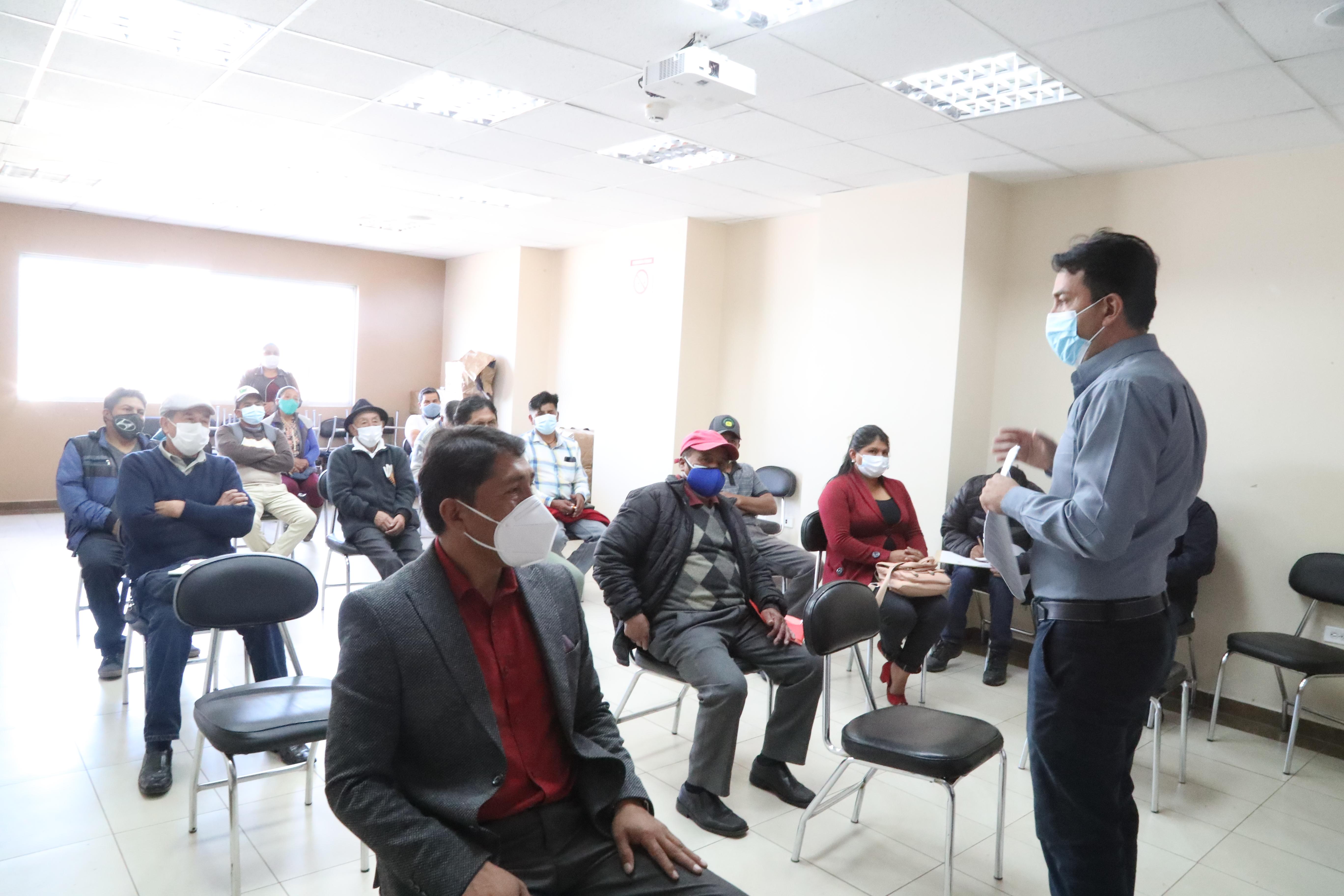 Representantes de la Juntas de Agua Potable se capacitaron sobre el programa Agua Segura